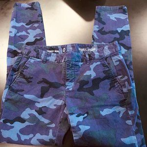 Purple Camouflage Khakis by Gap Sz 0